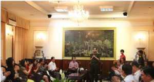 Tổng công ty Thương mại Hà Nội tổ chức lễ báo công dâng Bác