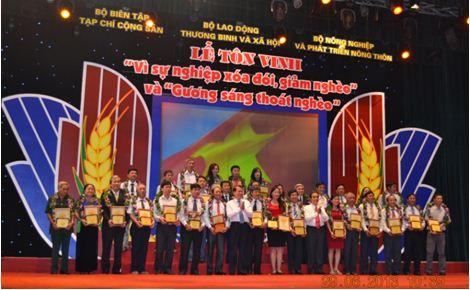 Hapro đón nhận danh hiệu Vì sự nghiệp xóa đói, giảm nghèo